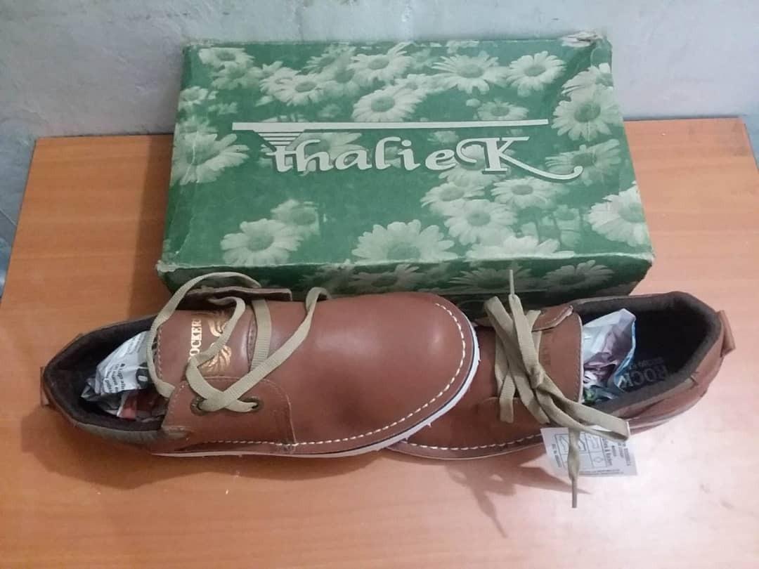 bf1899f8 Zapatos Casuales Rockers Niño Talla 36 Marrón Nuevo - Bs. 50.000,00 ...