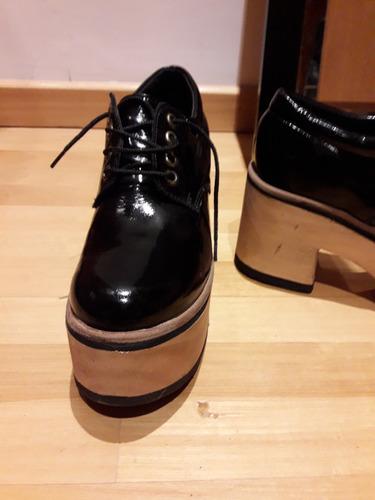 zapatos charol con cordones