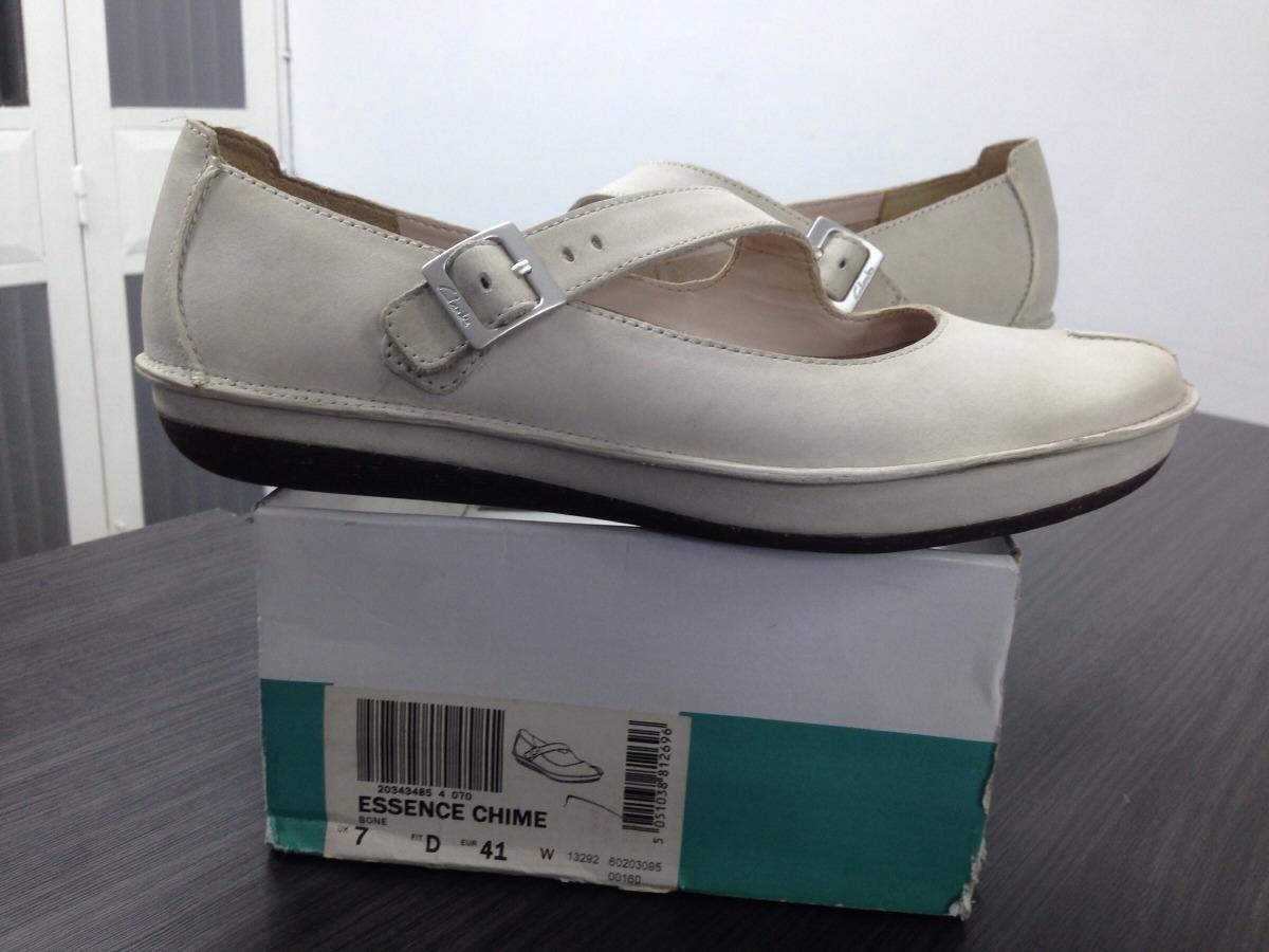 997ef9c765e zapatos-clarks-para-damas -essence-chime-D_NQ_NP_861095-MLV26570975802_122017-F.jpg