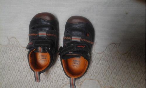 zapatos clarks para niños originales talla 3g