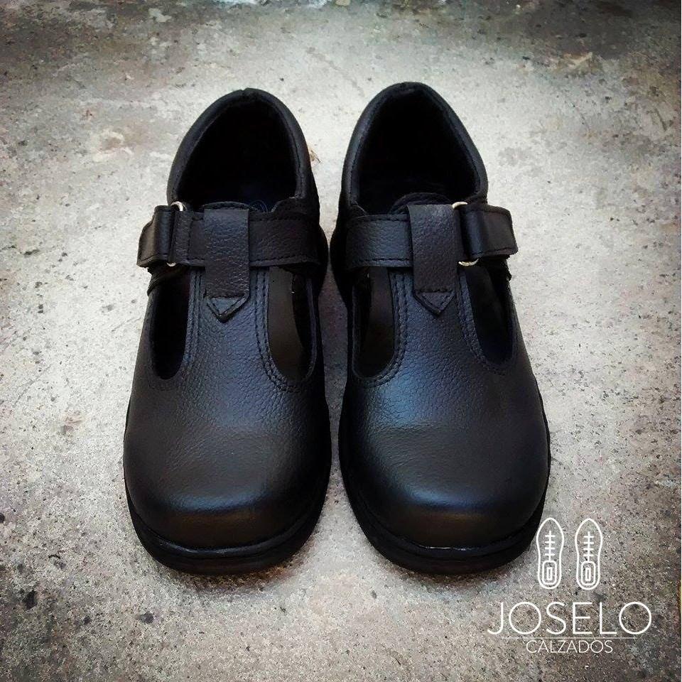 321cdc75ae8 Zapatos Colegiales De Cuero Nenas Nenes Joselo Calzados -   1.500