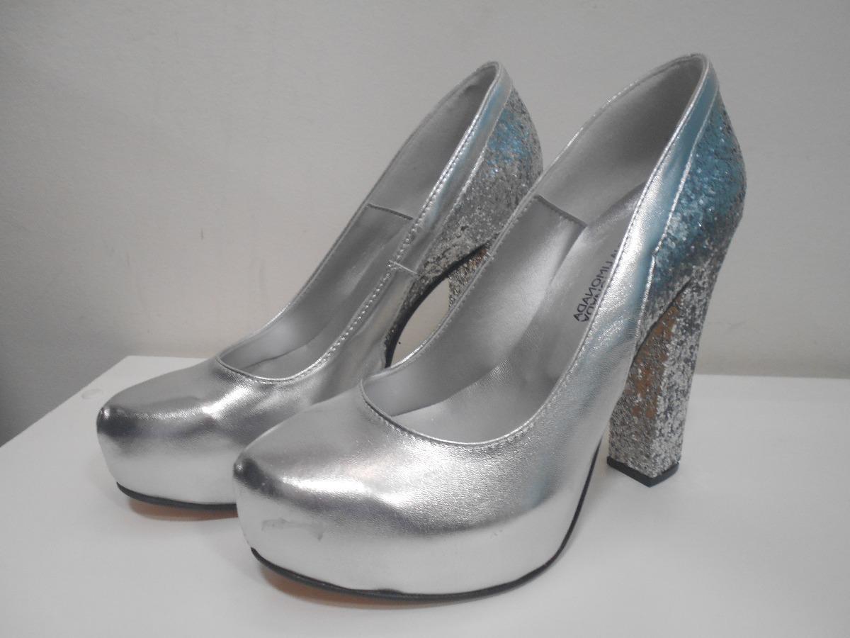 bdd5e5e40be Zapatos De 15 Años O Fiesta Plateado - $ 1.800,00 en Mercado Libre