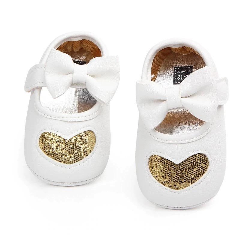 2fd9b0a6c4094 Zapatos De Bebé Niña Corazón Con Glitter -   180.00 en Mercado Libre