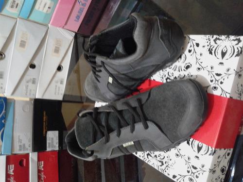 zapatos de dama deportivos  b.b.barato nuevo