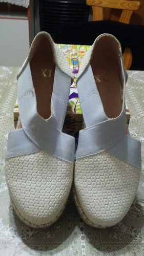 zapatos de ecocuero xl (extra large)