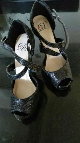 zapatos de fiesta se uso 1 sola ves en perfecto estado