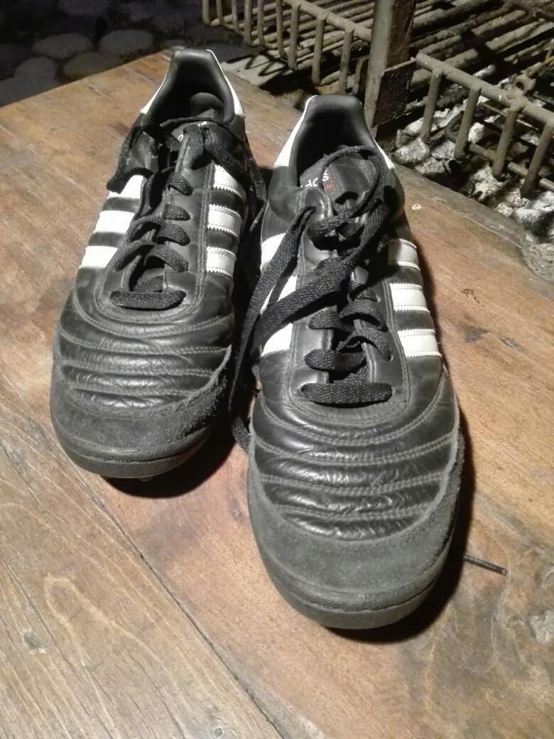 ab62f2a58d07a Zapatos De Futbol -   15.000 en Mercado Libre
