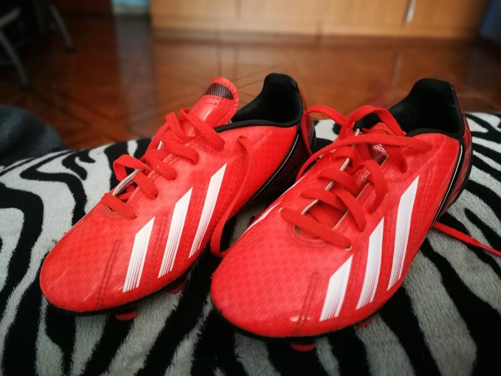 6299e38945421 Zapatos De Fútbol adidas Nuevos Niño -   15.000 en Mercado Libre