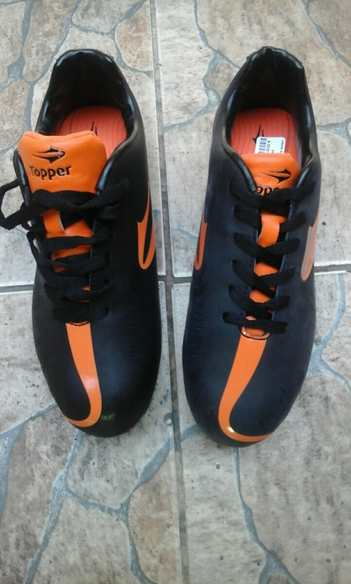 Zapatos De Fútbol Marca Topper -   27.000 en Mercado Libre 6973be914053e