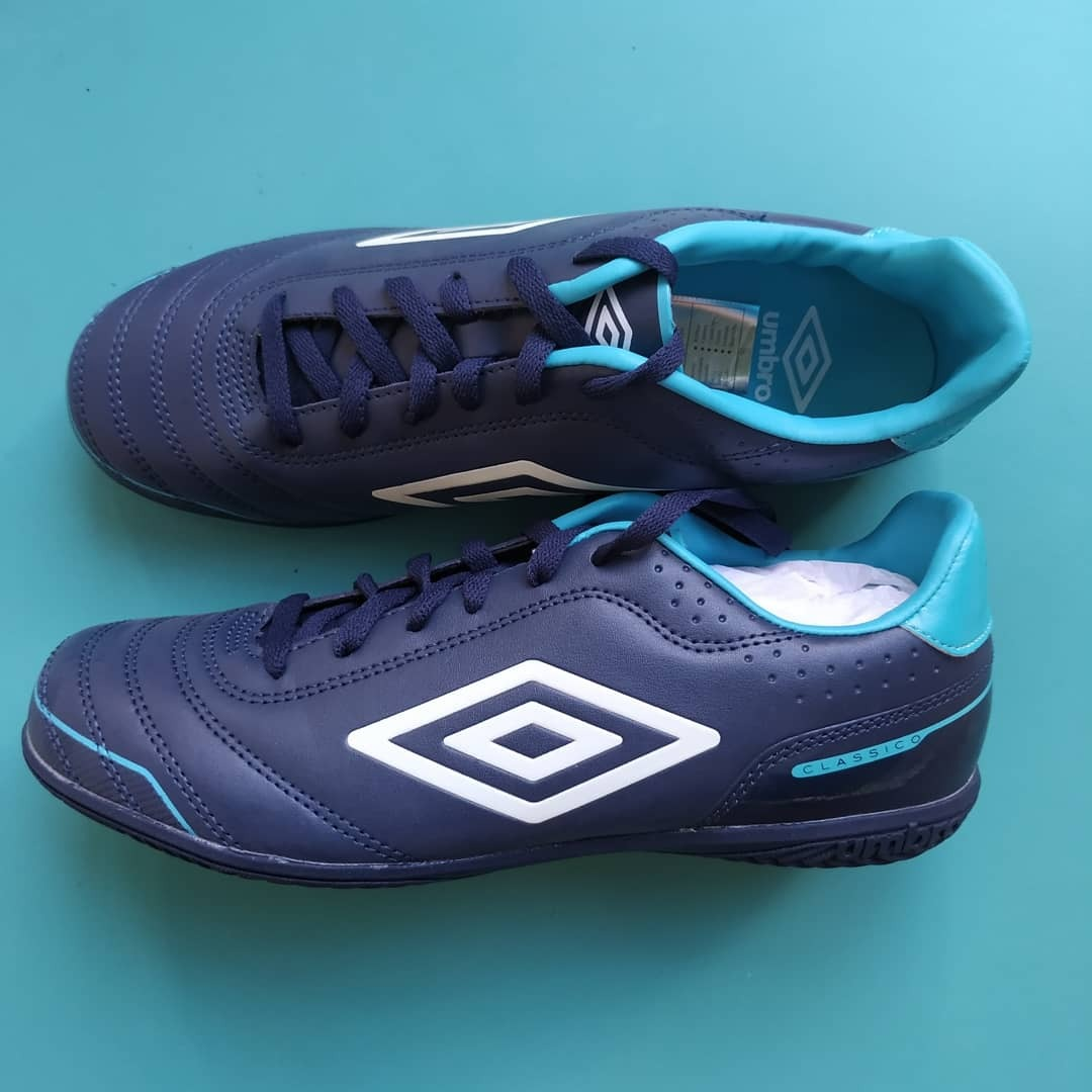 Zapatos De Futbol Sala Nuevos Umbro Talla 42.5 (us  9) - Bs. 500 c1ff968736549