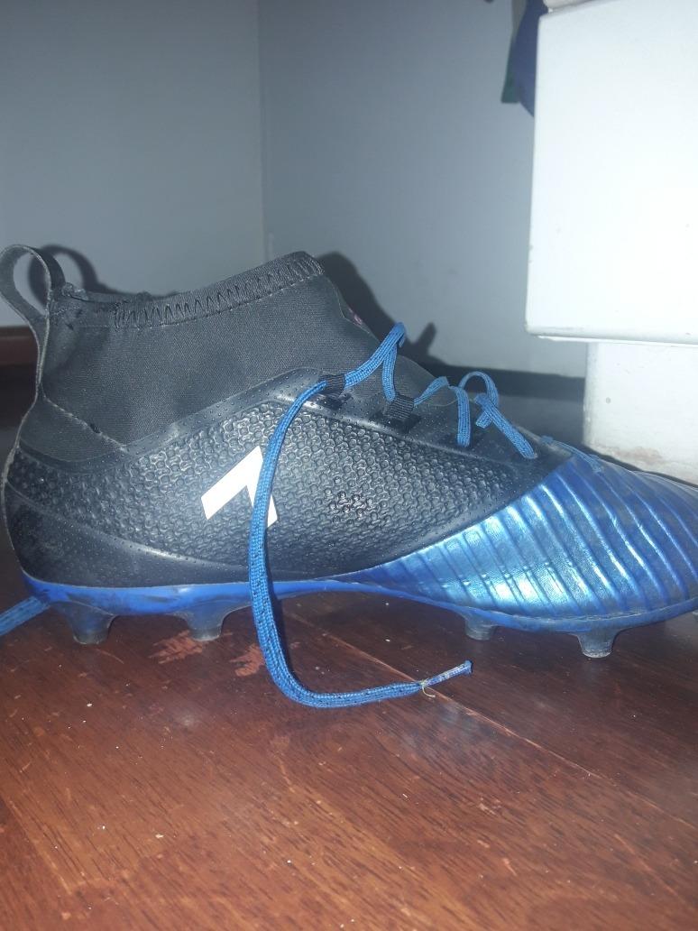 8301b613e2fd7 Zapatos De Fútbol Semipros -   15.000 en Mercado Libre
