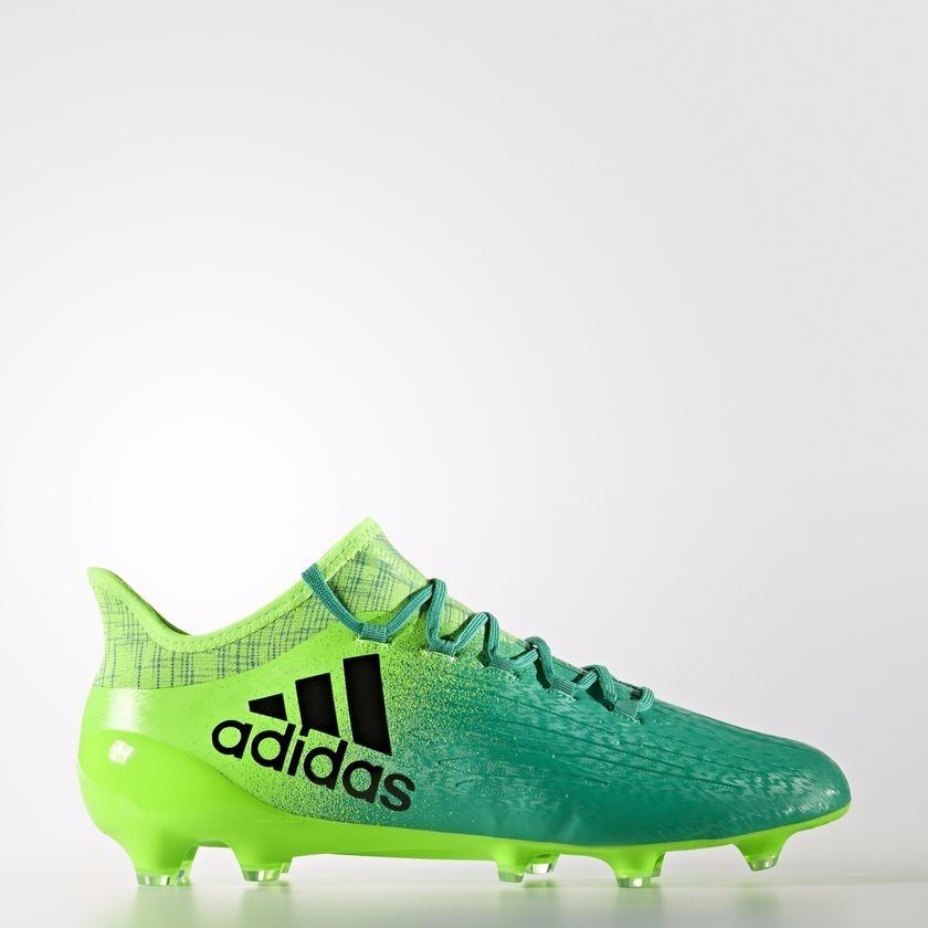 zapatos de futbol adidas verdes