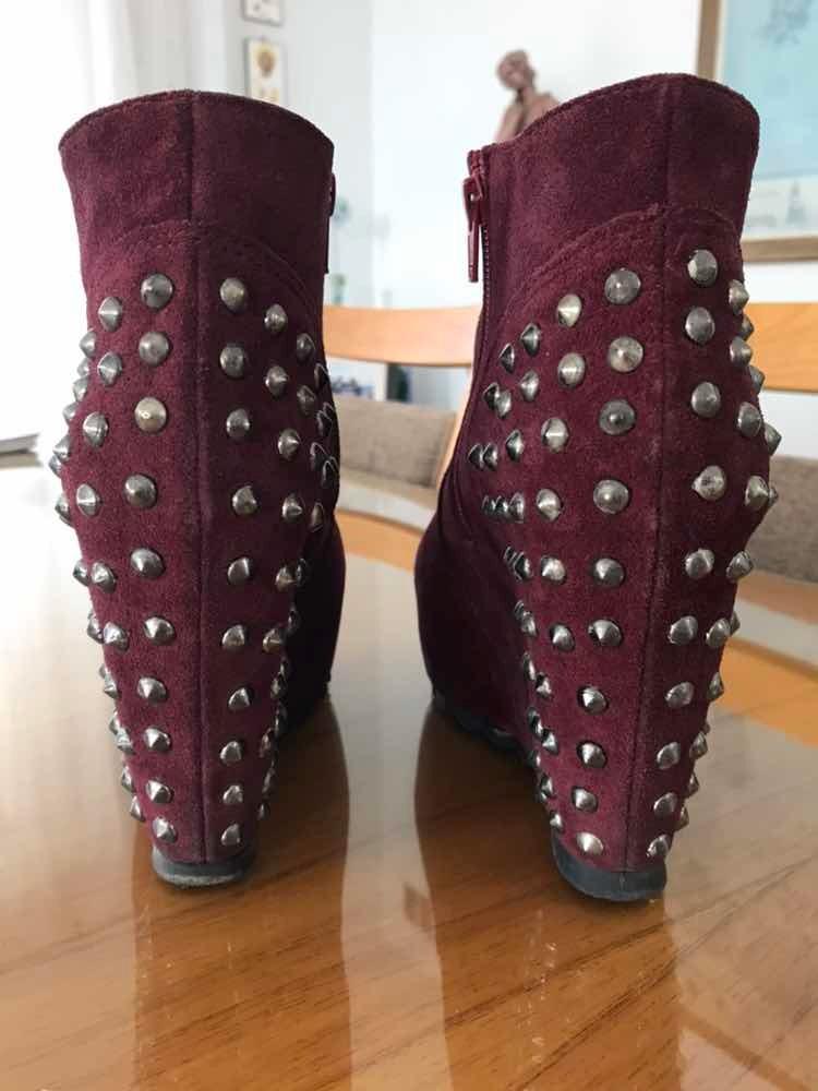 e6ec7fd628a zapatos-de-gamuza -mujer-color-bordo-D NQ NP 976664-MLA29405642396 022019-F.jpg