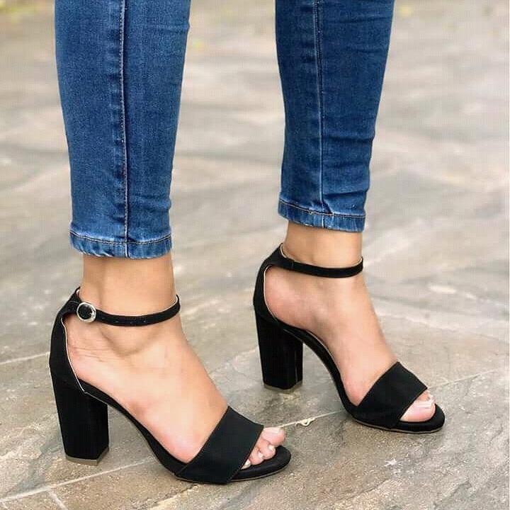 ec168296da2 Zapatos De Moda Sandalia Alta Tacón Negro Para Mujeres Moda ...