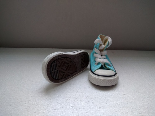 zapatos de mujer y converse de bebe hermosos y modernos