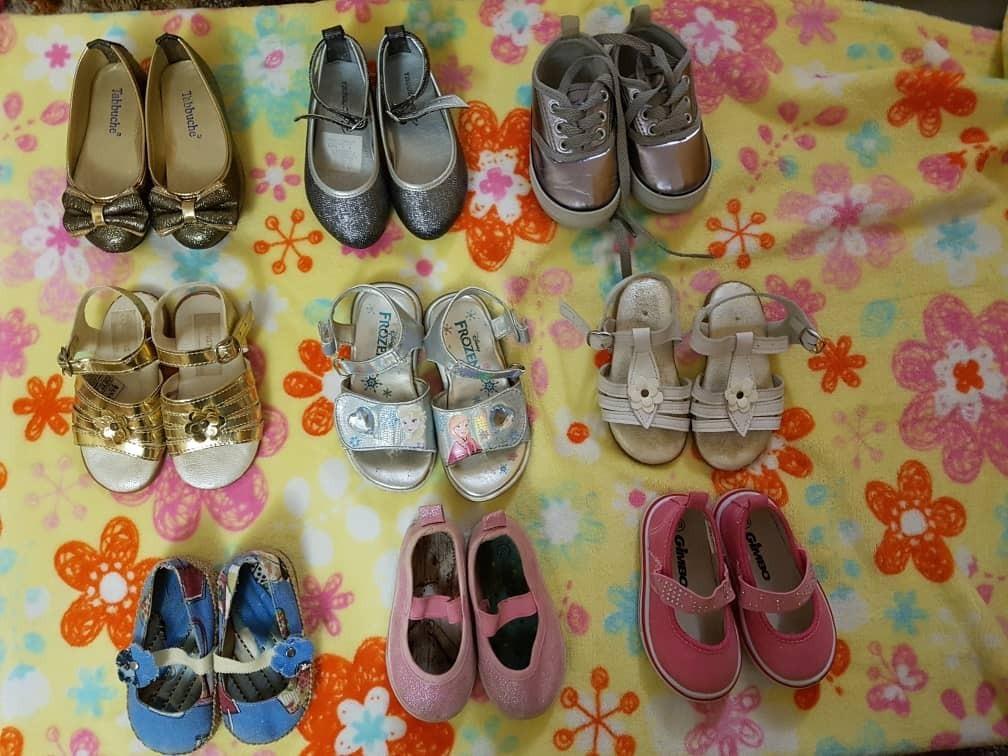 dd22fd066dfe3 zapatos de niñas nuevo y usado de la talla 15 a la 22. Cargando zoom.