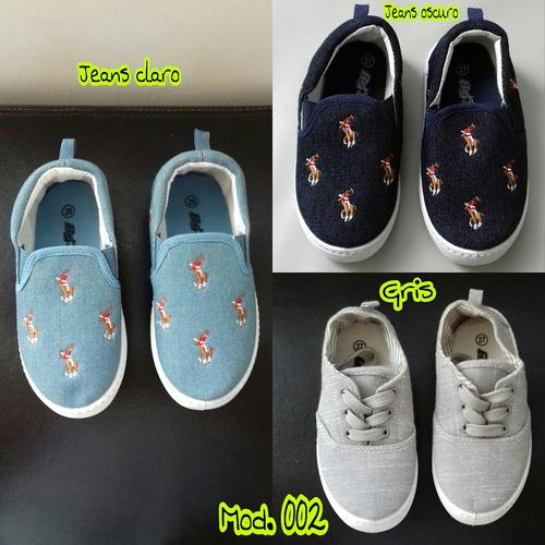 zapatos de niños tipo convers nik y van remate.