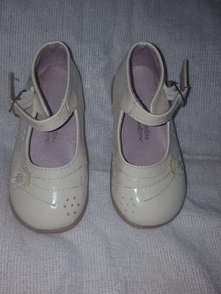 1c6a8b896b5 zapatos de patente niña talla 24. Cargando zoom.