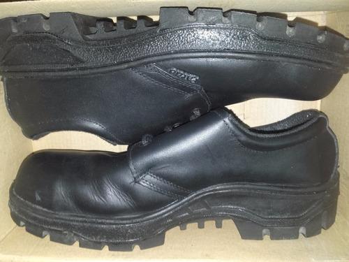 zapatos de seguridad pardo talle 45