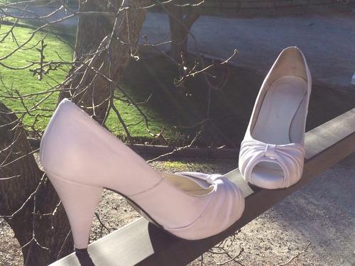 zapatos de taco alto stiletto blancos