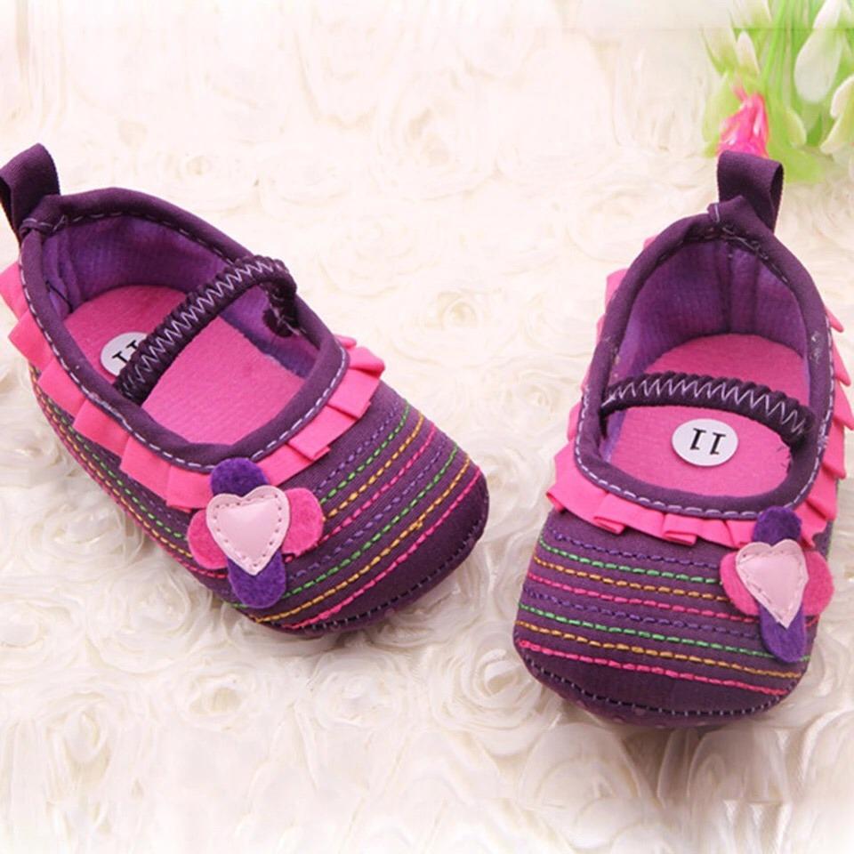 4f825a9da4a zapatos de tela bebé mujer - con diseños. Cargando zoom.