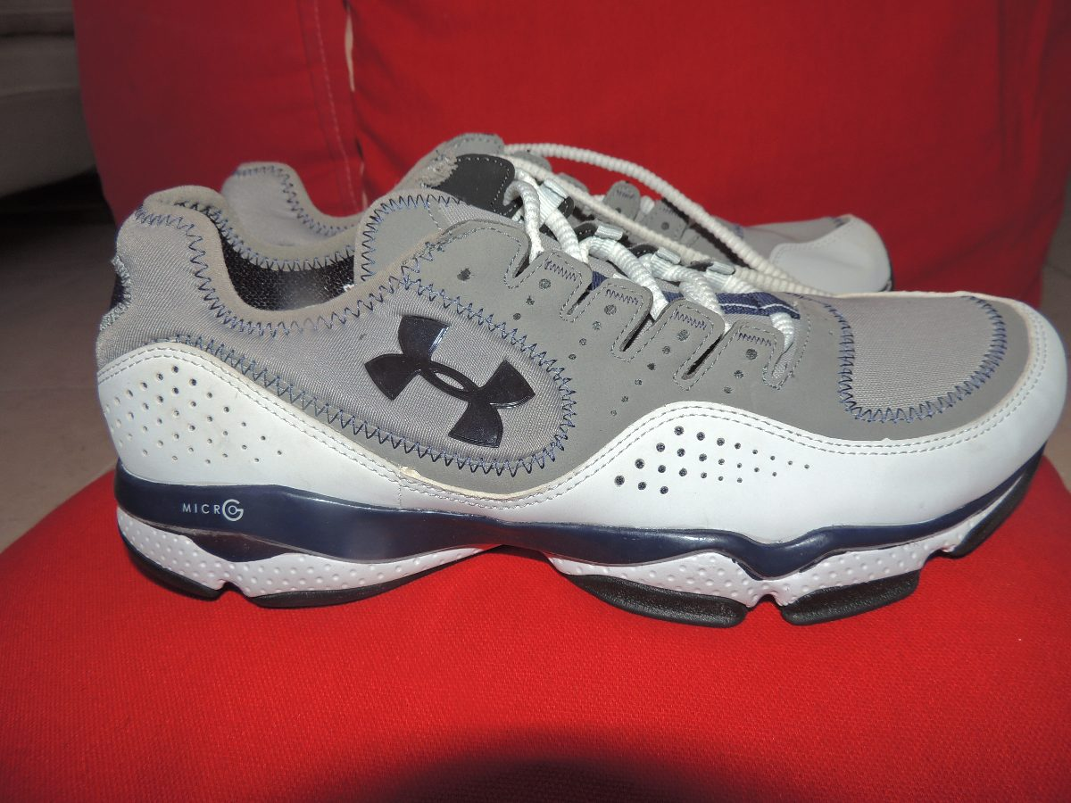 bee44deb570ec zapatos de trote under armour originales 40 y 41. Cargando zoom.