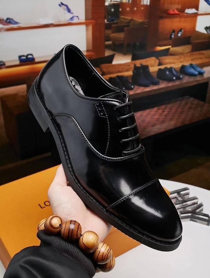 d4d8a4b4f73 Zapatos De Vestir Louis Vuitton (a Pedido) - S/ 569,99 en Mercado Libre
