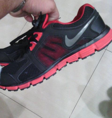 zapatos deportivo