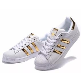 599078b23b0 Adidas Superstar Rayas Doradas - Zapatos Deportivos en Mercado Libre ...