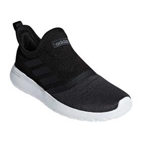 68d4fe82e243a Botas Deportivas Adidas Originales - Zapatos Deportivos en Mercado ...