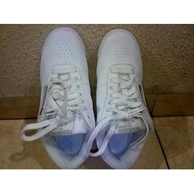 16fd0b79d0d44 Zapatos Reebok Clasic Talla 35 Blancos Solo Una Vez De Uso