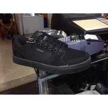Zapatos Skatek Oklesh Todo Negro Coleccion Nueva