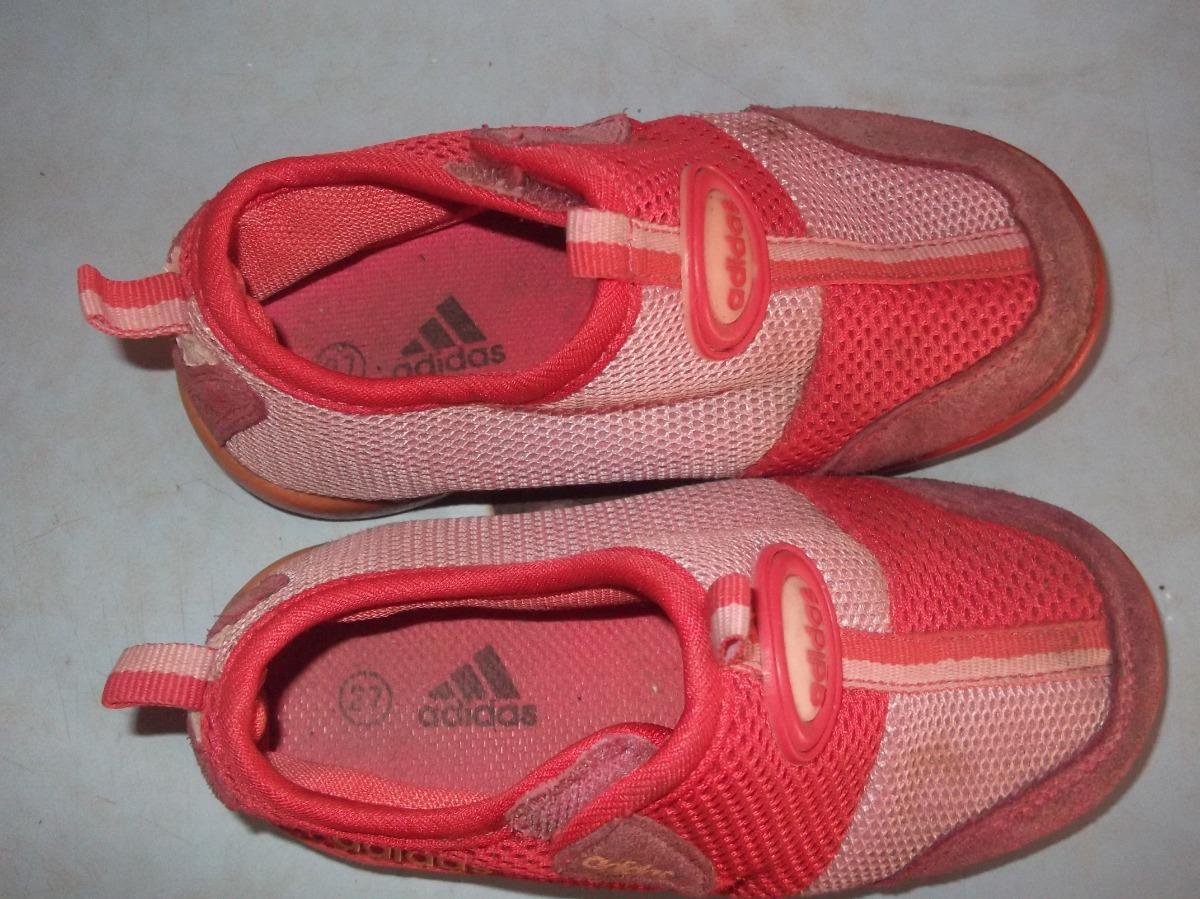 Zapatos Deportivos adidas De Niña Talla 27 Bs. 20.000,00
