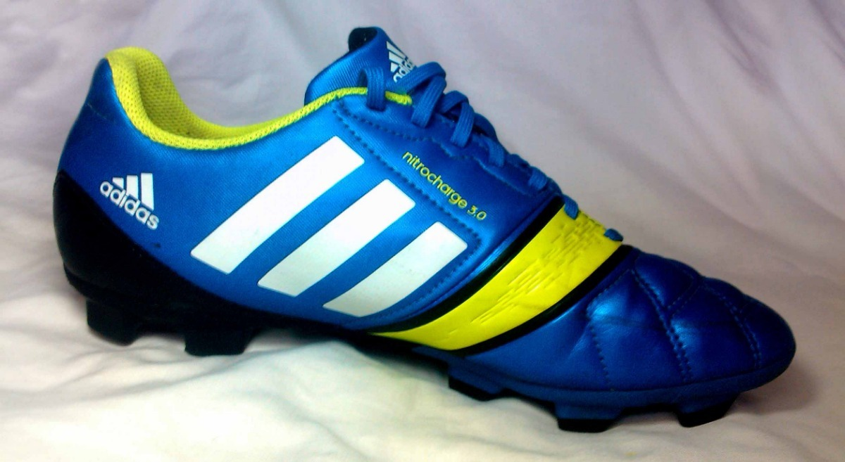 Zapatos Deportivos adidas Tacos Originales Para Futbol - Bs. 1.990 ... cf4488062de6f