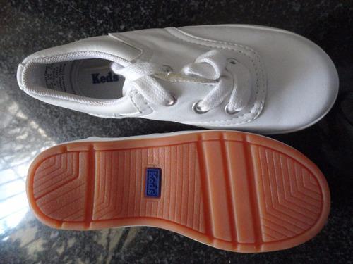 zapatos deportivos blancos nuevos marca kend