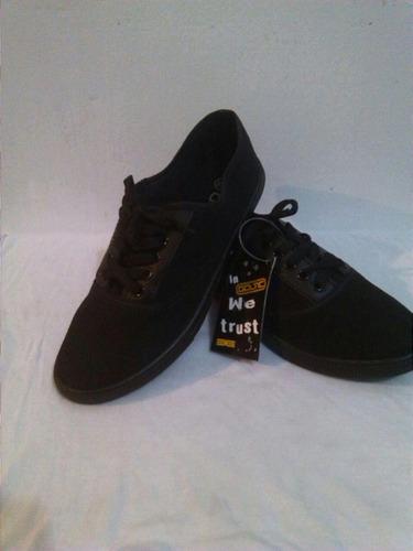zapatos deportivos colegiales blancos y negros
