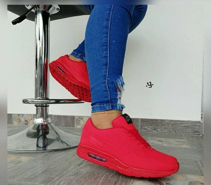 851d8bccf680a Zapatos Deportivos Colombianos Para Damas - Bs. 130.000
