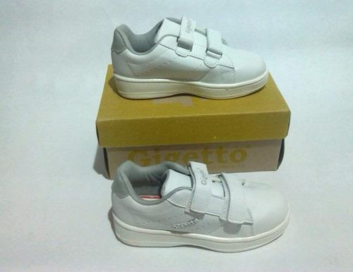 zapatos deportivos escolares gigetto blancos y negros