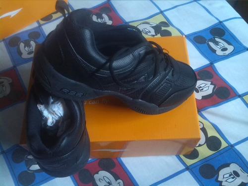 zapatos deportivos escolares negros talle 38 nuevos