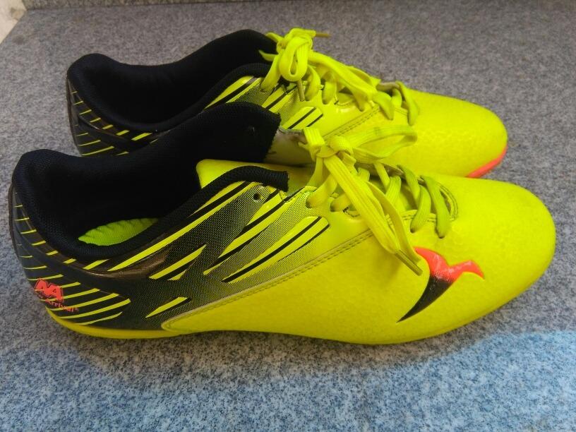 zapatos deportivos futbol sala caballeros talla 42 usados. Cargando zoom. 80514541392c2