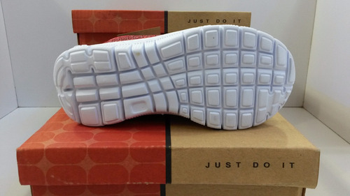 zapatos deportivos nike air max free, niñ@s, tallas 25-30.