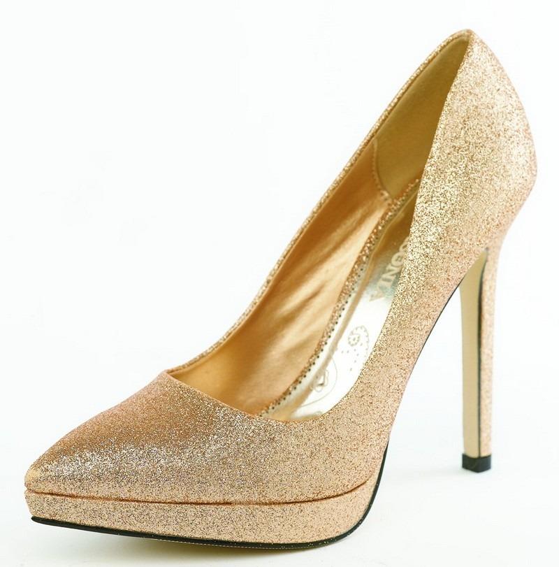 zapatos dorados con plataforma y plateados para fiestas
