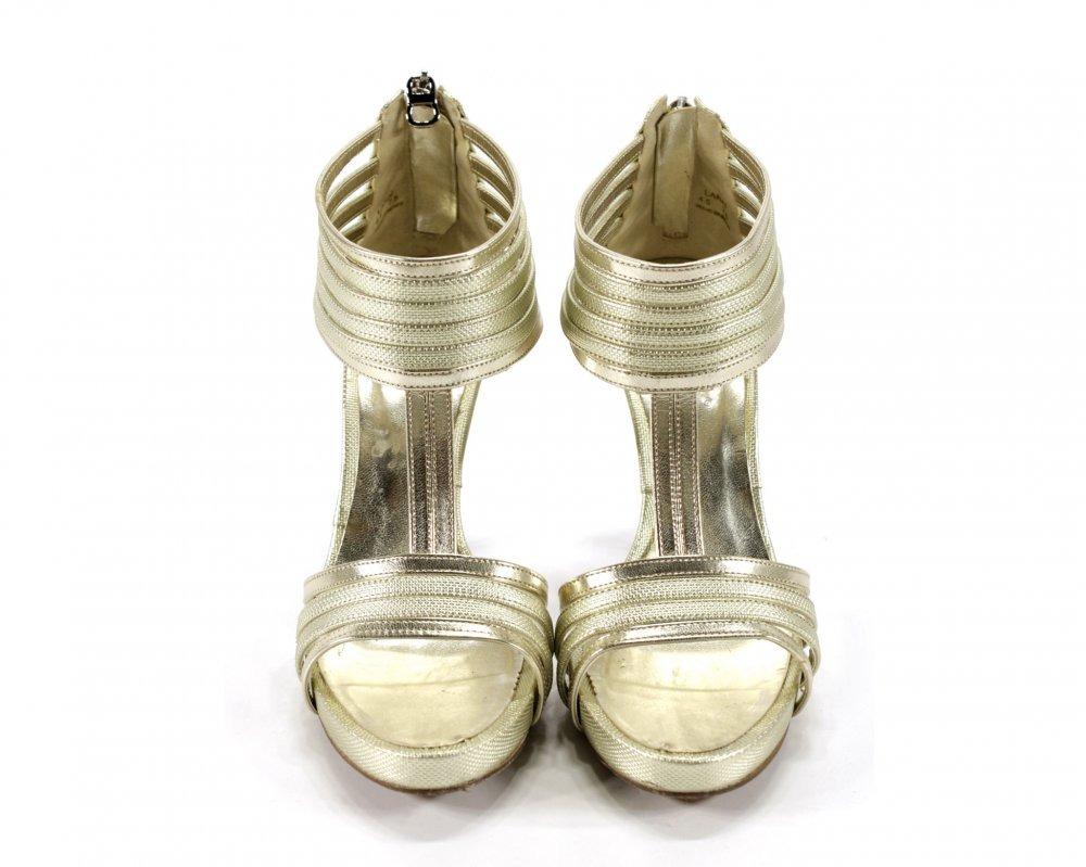 b6e14727f27dd Zapatos Dorados Westies -   599.00 en Mercado Libre