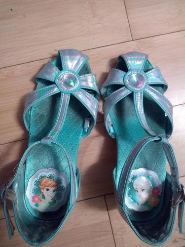 zapatos elsa de frozen disney store talle 31 con taco