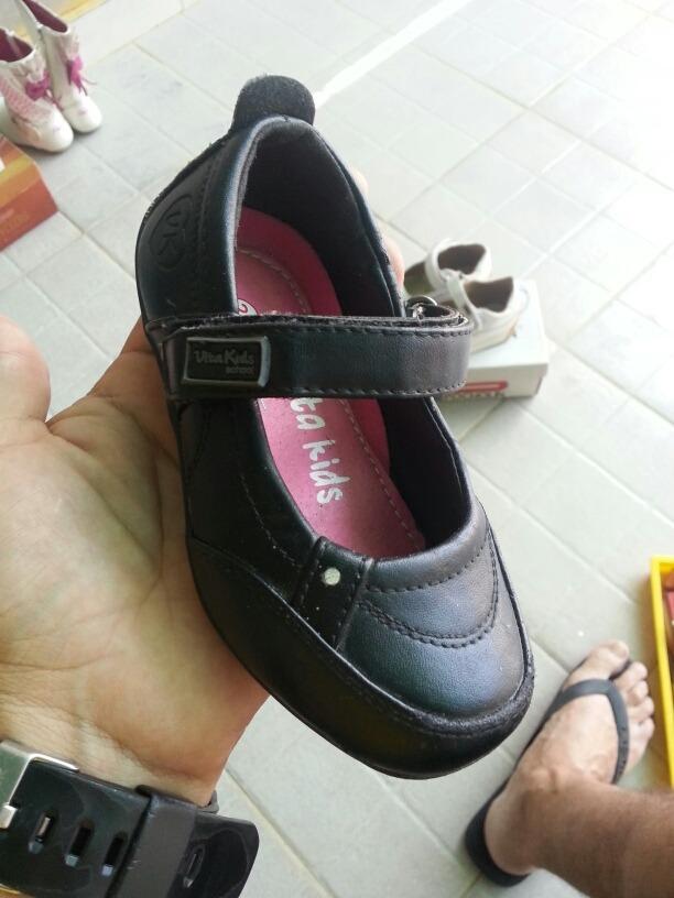 11c9eb00a34 zapatos escolar niña talla 24. Cargando zoom.