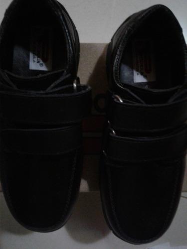 zapatos escolares pocholin