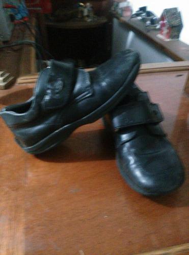 zapatos escolares talla 28