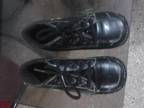 zapatos escolares usados