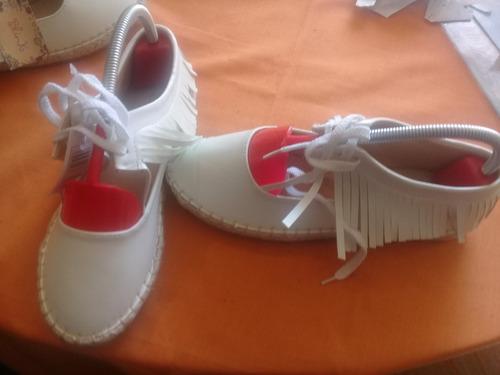zapatos estilo apache