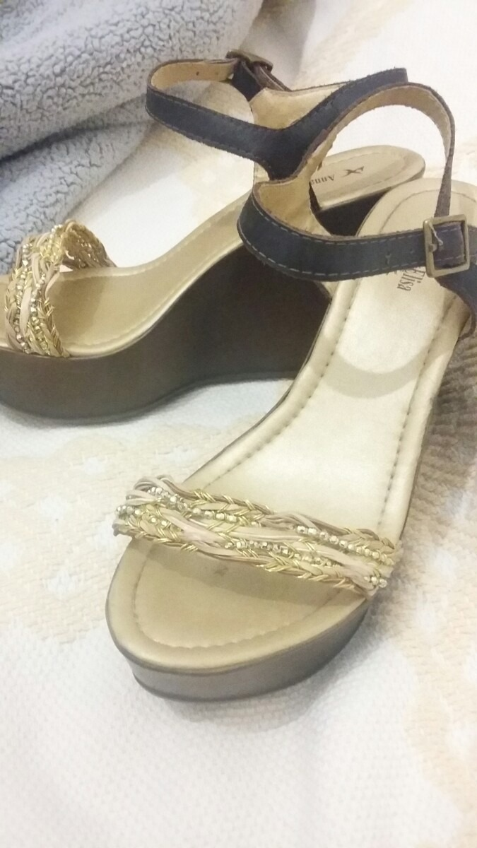 679625b10 zapatos-fiesta-con-plataforma-de-11-cm-D NQ NP 311421-MLA20754918277 062016-F.jpg